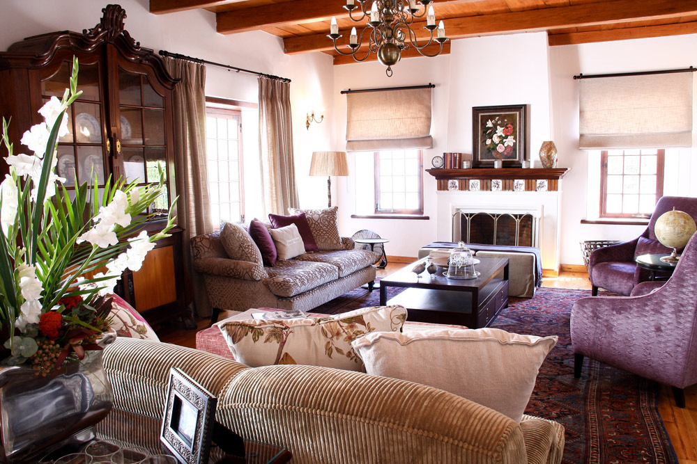 interior of the manor, accommodation in franschhoek